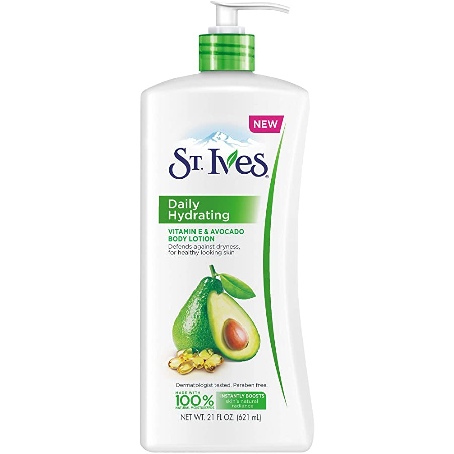 債権者パーティー乳白色St. Ives Daily Hydrating Vitamin E and Avocado Body Lotion [並行輸入品]