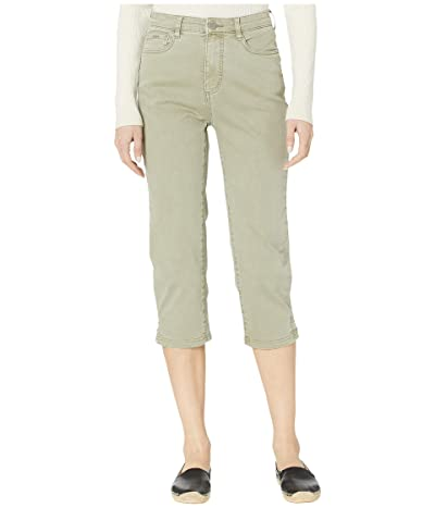 FDJ French Dressing Jeans Solid Cool Twill Suzanne Capris in Willow (Willow) Women