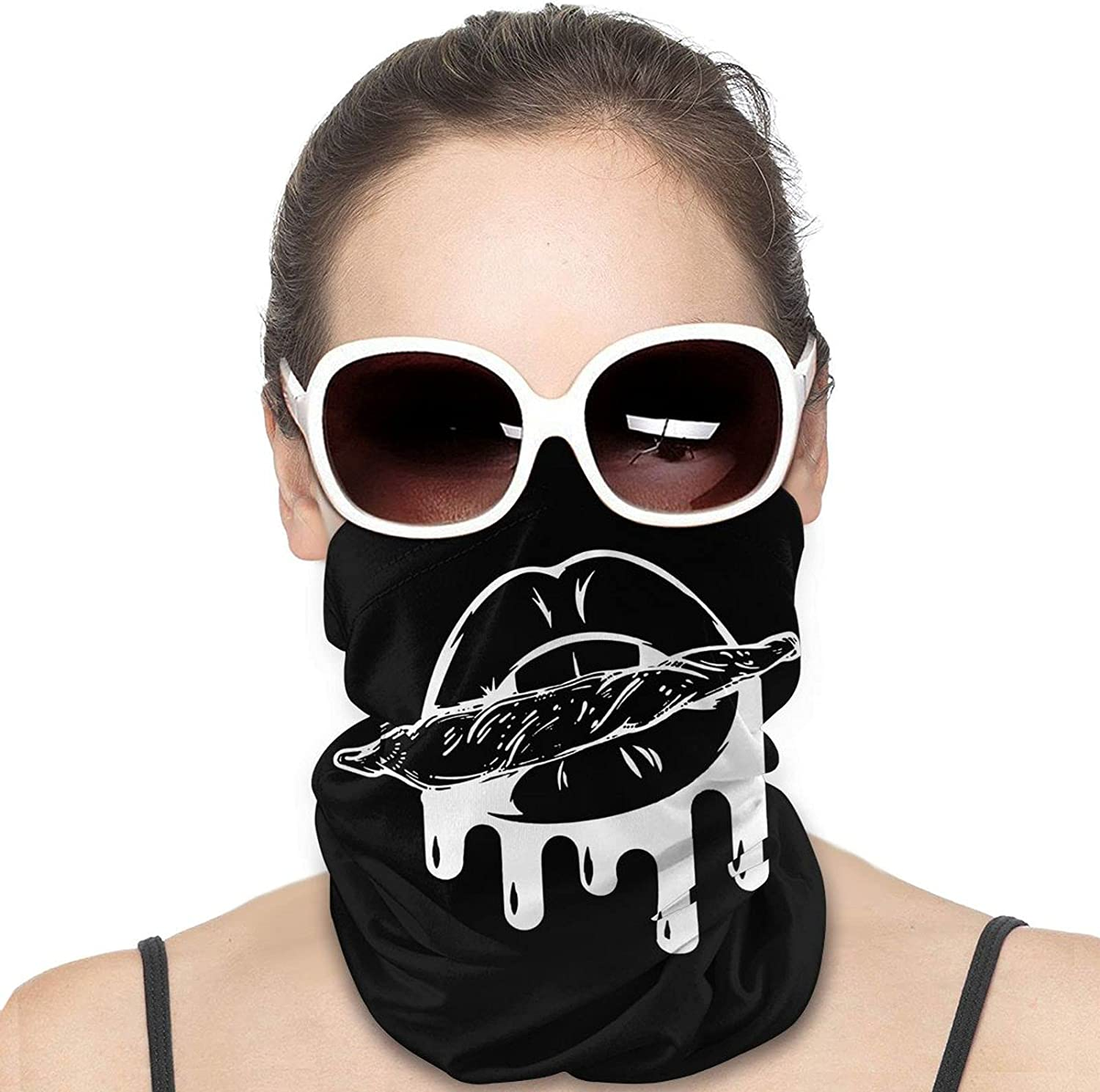 Sexy Lips Round Neck Gaiter Bandnas Face Cover Uv Protection Prevent bask in Ice Scarf Headbands Perfect for Motorcycle Cycling Running Festival Raves Outdoors