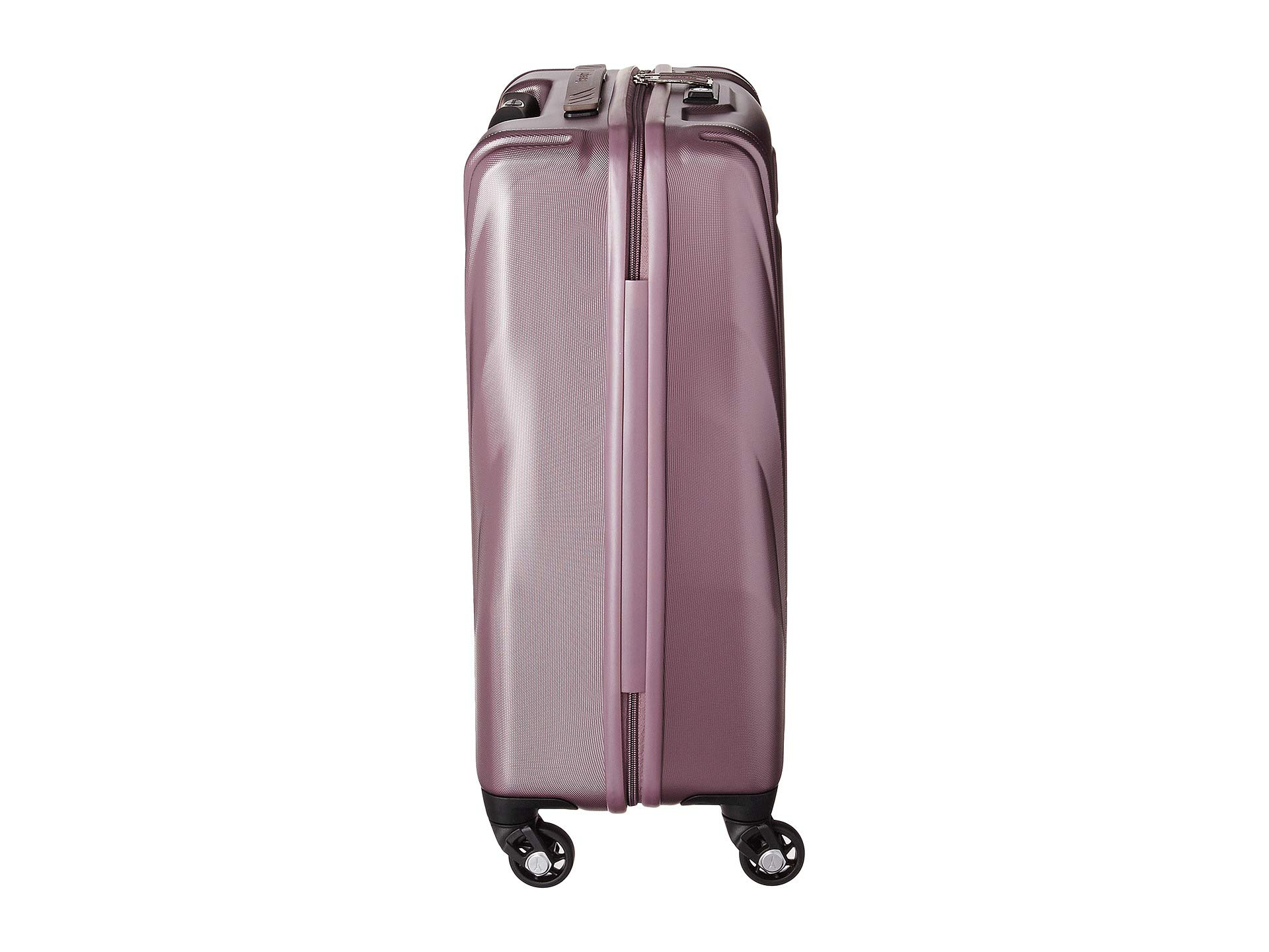 Travelpro Carry 21