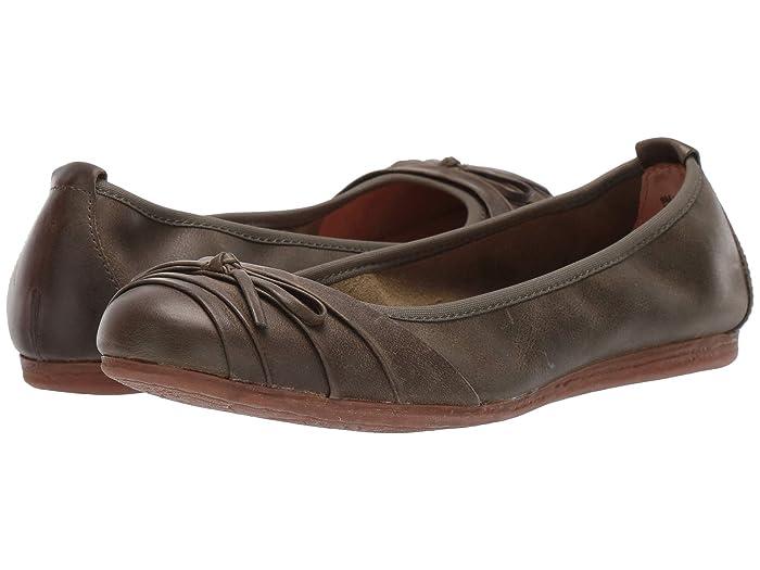 Born  Chelan (Green (Sage)) Womens Flat Shoes