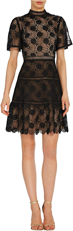 ML Monique Lhuillier Short Sleeve Lace Dress w/Scalloped Hem
