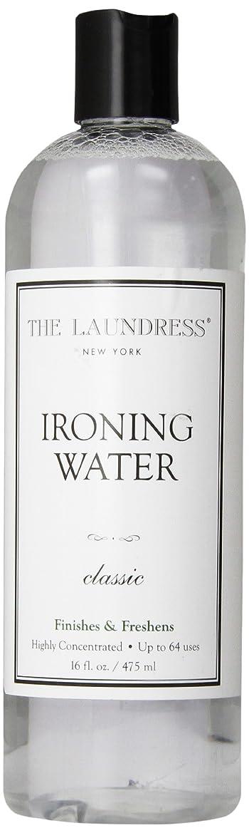 光沢乳白色拷問THE LAUNDRESS(ザ?ランドレス)  アイロンウォーター classicの香り 475ml