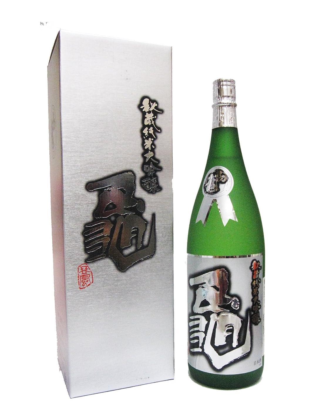 初亀(はつかめ)秘蔵純米大吟醸 『亀』 化粧箱入り 1.8L