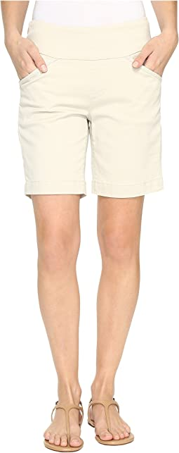 "Ainsley Pull-On 8"" Shorts in Bay Twill"