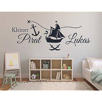 Tjapalo S Pkm69 Wandtattoo Mit Namen Wandtatoo Kinderzimmer Junge Baby Piratenschiff Kleiner Pirat Wandsticker Name Wunschnamen B130 X H47 Cm Amazon De Baumarkt