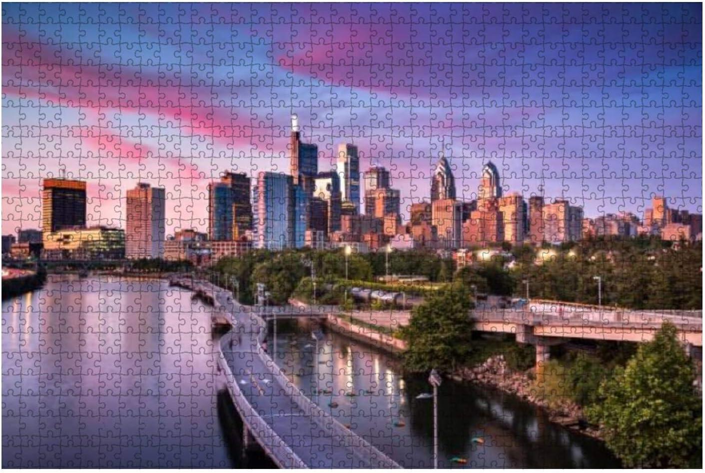 City Skyline View of Water Philadelphia Pennsylvania Super-cheap wholesale Stock