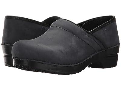 Sanita Original Professional Smooth Oil (Blueberry) Clog Shoes