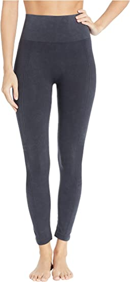 Skimmer Length Acid Washed Seamless Biker Leggings