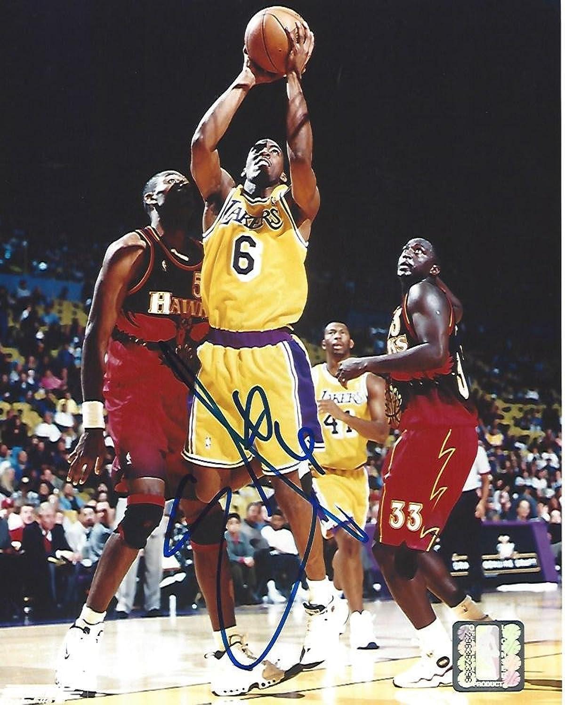 Eddie Jones Autographed Photo   SG SF  6 14 Seasons 8x10 color  Autographed NBA Photos