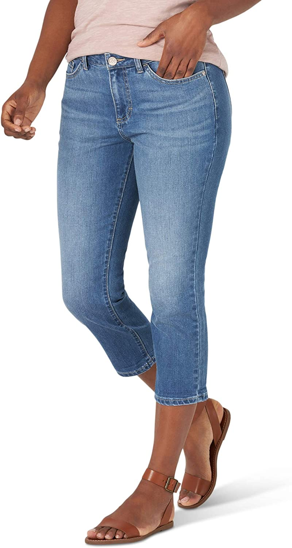 Lee Women's Legendary Regular Fit Mid Rise Capri Jean