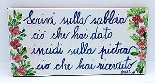 Targa da interno/esterno Dimensioni: 20 x 10 centimetri Ceramica Decorato a mano Le Ceramiche del Castello Nina Palomba Ma...