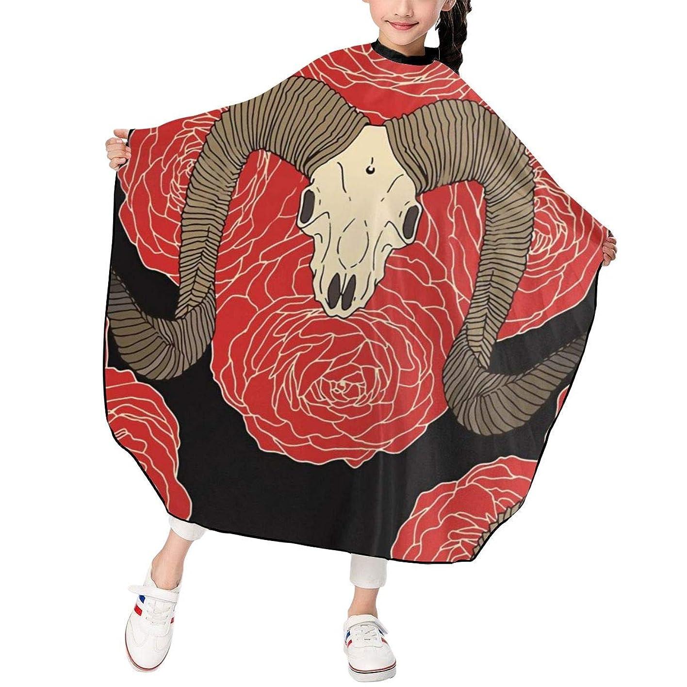 ギャラントリー独創的従事するヤギの頭の骨は赤いバラ 子供エプロン ヘアーエプロン 散髪 ケープ 美容エプロン 静電気防止 ヘアカット ファミリー理髪 防水 自宅カット 120*100cm