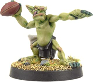 War World Gaming Gutrot Greenskins - Blaster The Thrower - 28mm Scale Fantasy Football Miniature Mini Figure Goblin for Blood Bowl, Paintable Collectible, Painting