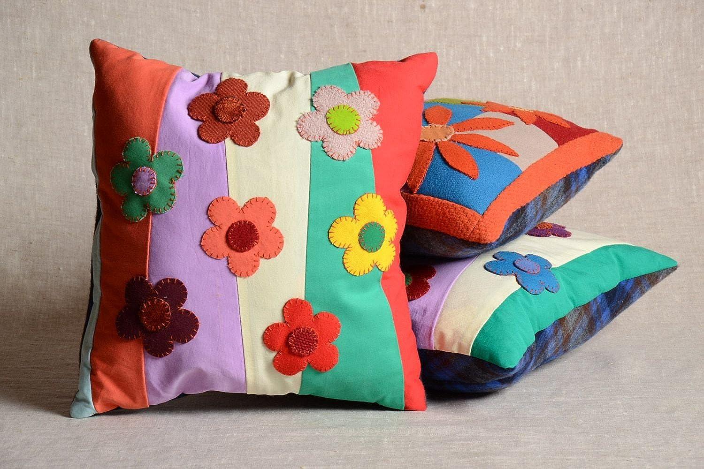 Handmade Beautiful Decorative Soft Sofa Pillow With Zipper Pillowcase Flower Field