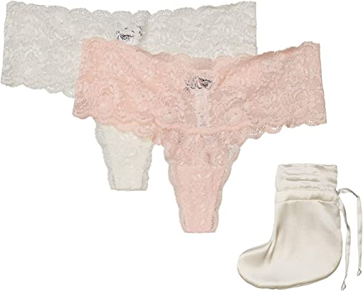 Pink Lilly/Moon Ivory