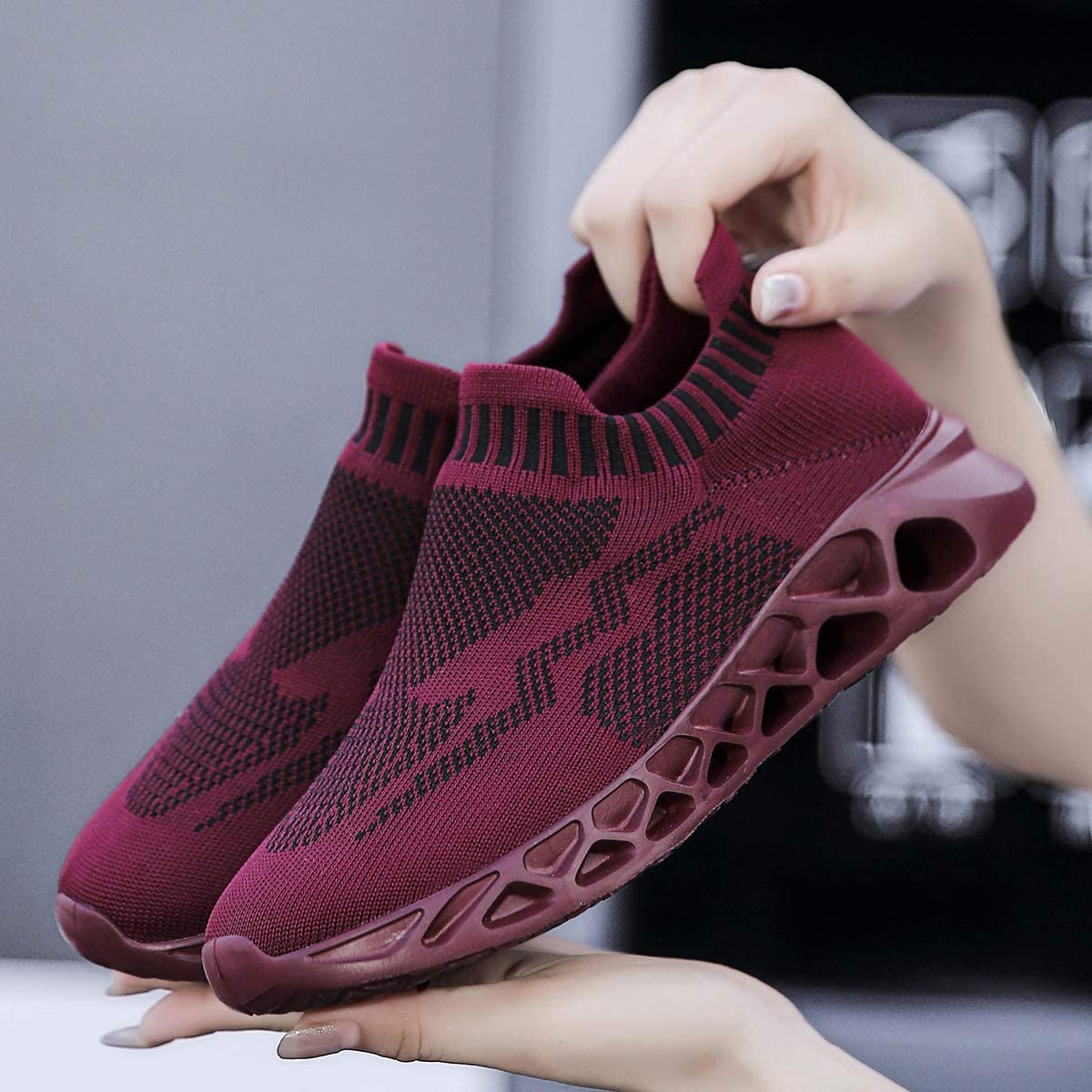 FUJEAK Womens Road Running Shoes Slip On Breathable Mesh Walking Shoes Women Fashion Sneakers Comfortable Sock Shoes