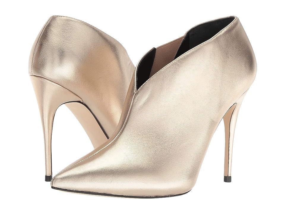 GUESS Ondrea (Gold Leather) Women