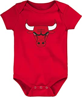 Outerstuff Chicago Bulls Baby Boys Primary Logo S/S Creeper