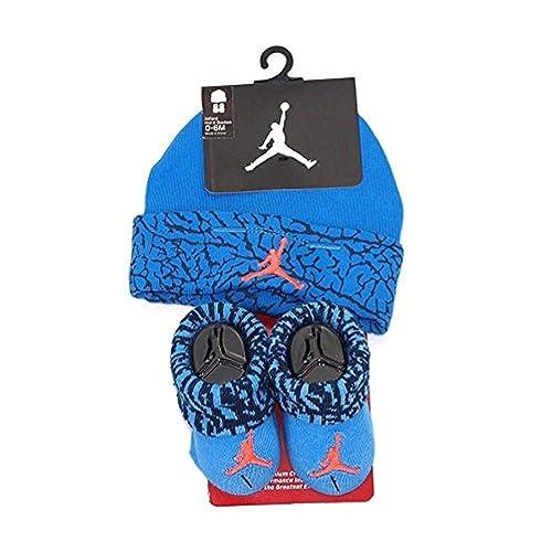 7ef134140ca206 Jordan Baby Boy Nike Air Booties and Beanie Set