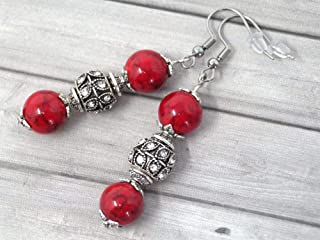 orecchini in acciaio inox con perle di turchese rosso ricostituiti, e perline con cristalli