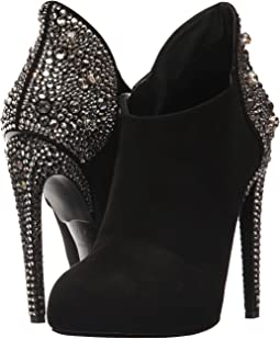 Giuseppe for Jennifer Lopez LJI7700