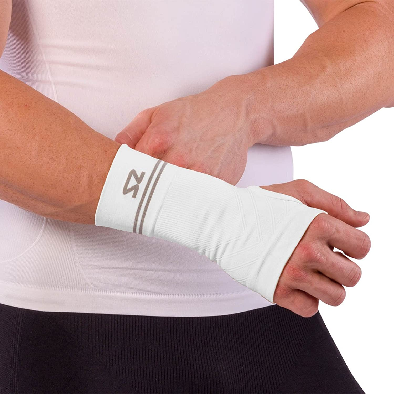 Zensah Compression Wrist Support  Wrist Sleeve for Wrist Pain, Carpal Tunnel  Wrist Support  Wrist Brace