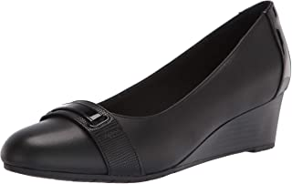 Clarks Mallory Strap womens Loafer
