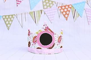Corona di compleanno in tessuto con lavagna per scrivere il numero in gesso