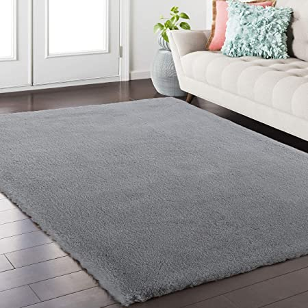 Amazon Com Nuloom Cloud Faux Sheepskin Soft Plush Shag Runner Rug 2 6 X 8 Grey Furniture Decor