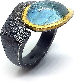 Anello esclusivo con preziosa Acquamarina nella misura della goccia di 12 mm x 8 mm. Anello.