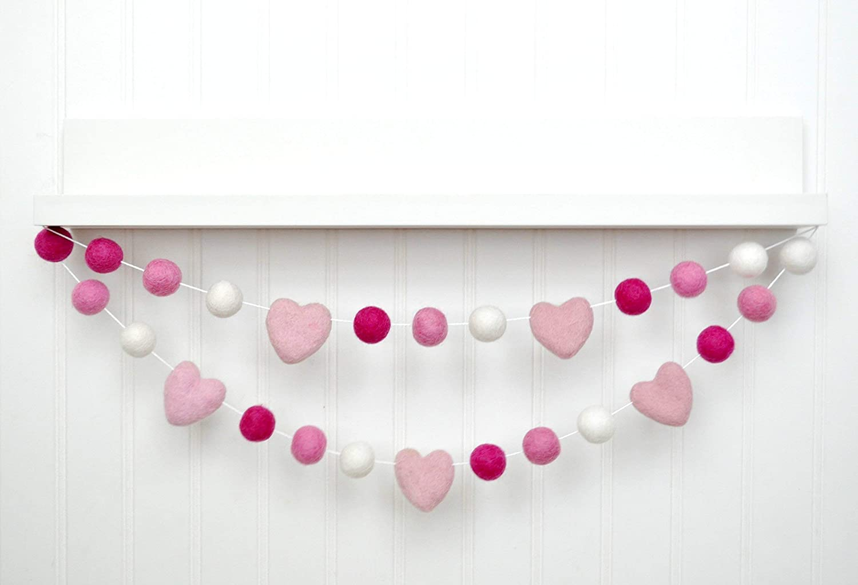 Discount is also underway Heart Valentine's Day Credence Felt Ball Raspberry Garland Bubblegum -