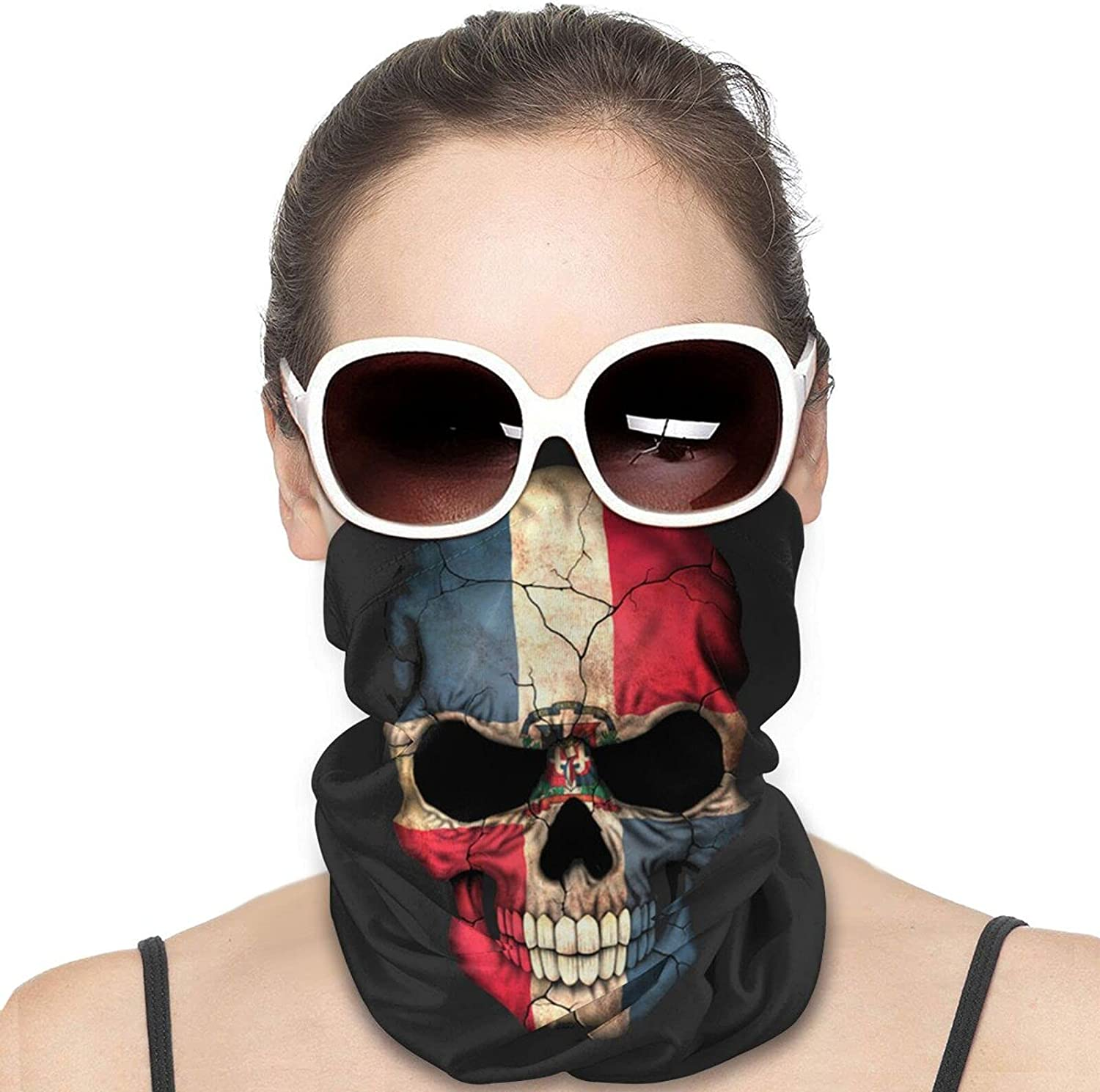 Dominican Flag Skull Round Neck Gaiter Bandnas Face Cover Uv Protection Prevent bask in Ice Scarf Headbands Perfect for Motorcycle Cycling Running Festival Raves Outdoors