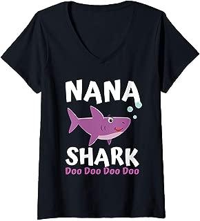 Womens Mothers Day Gift Idea For Mom Grandma Her Nana Shark Doo Doo V-Neck T-Shirt