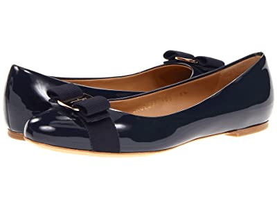 Salvatore Ferragamo Varina Ballet Flat w/ Bow (Oxford Blue Patent) Women