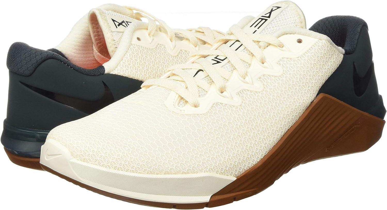 Nike Metcon 5, Chaussure de Terrain intérieur Mixte, Pale Ivory ...