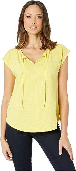 Short Sleeve Split-Neck Loose Knit Slub Top