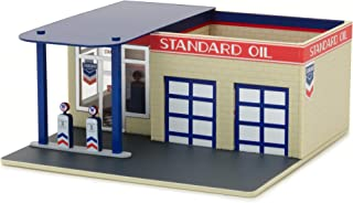 Greenlight 1:64 Mechanic's Corner 3 - Vintage Gas Station Die Cast Vehicle