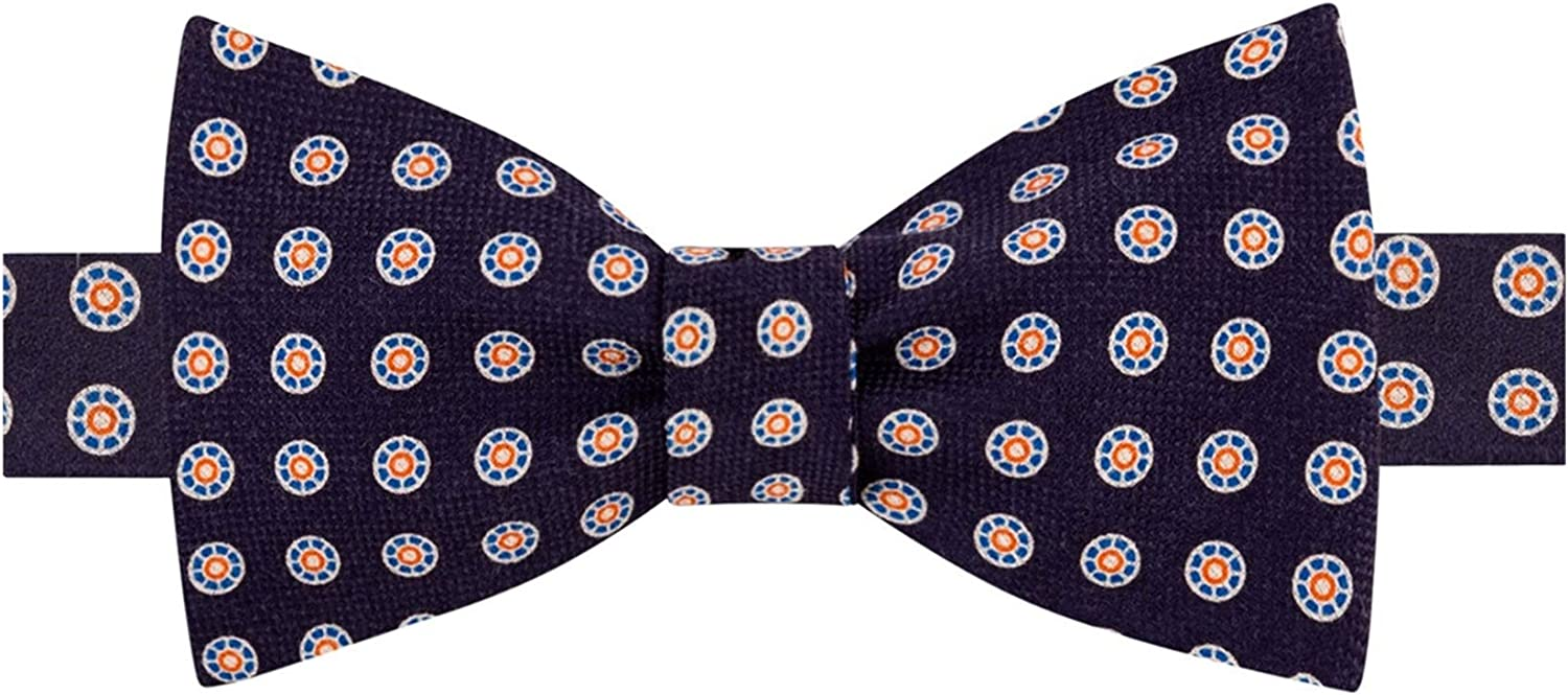 Tommy Hilfiger Mens Medallion Pre-Tied Bow Tie