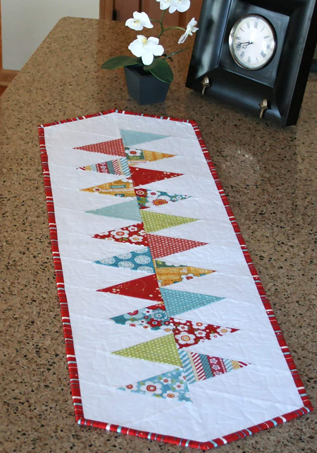 Winding Road Table Runner from Cut Loose Press & AQCO - CLPGER004