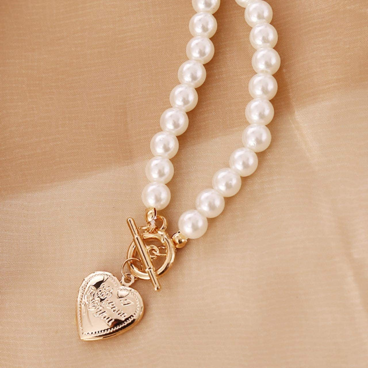Wcysin Fashion Pearl Necklace Women Choker Necklace with Gold Heart Pendant