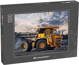 monpuzzlephoto Puzzle 1000 pièces Un Gros Camion minier Jaune chargé d'anthracite déplace Une Mine de Charbon à Ciel Ouvert