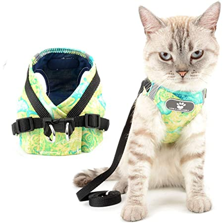 Zunea Cat Kitten Harness and Leash for Walking Escape Proof No Pull Small Dog Harness Adjustable Reflective Step-in Puppy Vest Mesh Padded Plaid Jacket for Boy Girl Pet Chihuahua