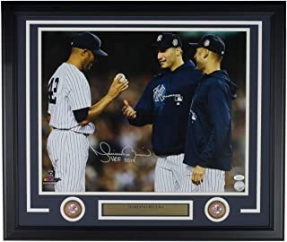Mariano Rivera Signed Framed New York Yankees 16x20 Jeter Pettitte Photo HOF 2019 JSA