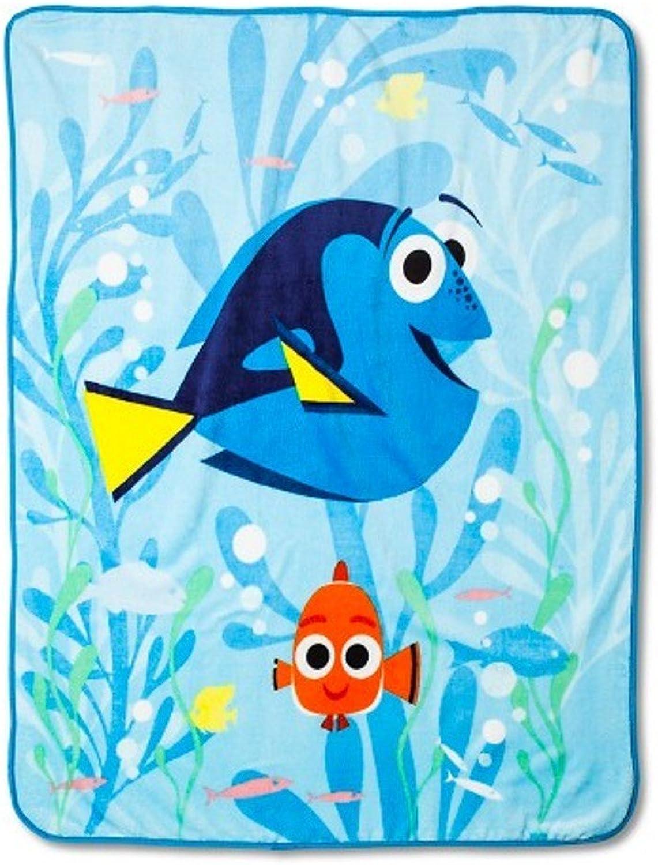 Disney Finding Dory Plush Throw Blanket  50   x 60