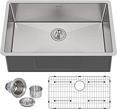 Hykolity 32-inch Kitchen Sink, 16 Gauge Undermount Single Bowl Stainless Steel Sink with Strainer & Bottom Grid