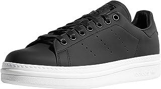 حذاء رياضي للسيدات من أديداس