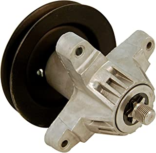 Arnold Replacement Deck Spindle for 42-Inch Tractors 1997-2004