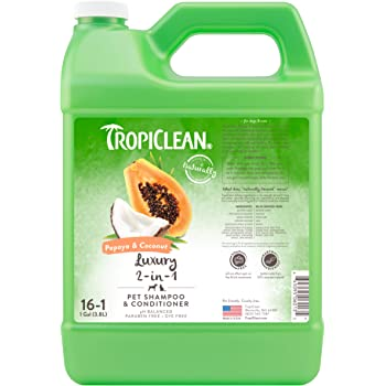 TropiClean Shampoos for Pets, Made in USA - Naturally Derived Ingredients - Soap & Paraben Free - pH Balanced - Rich Lather - Fresh Fragrances