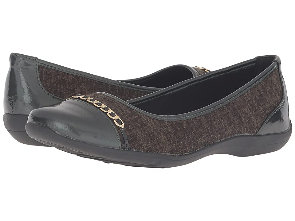 Soft Style Helga (Rosin Tweed/Pearlized Patent) Women